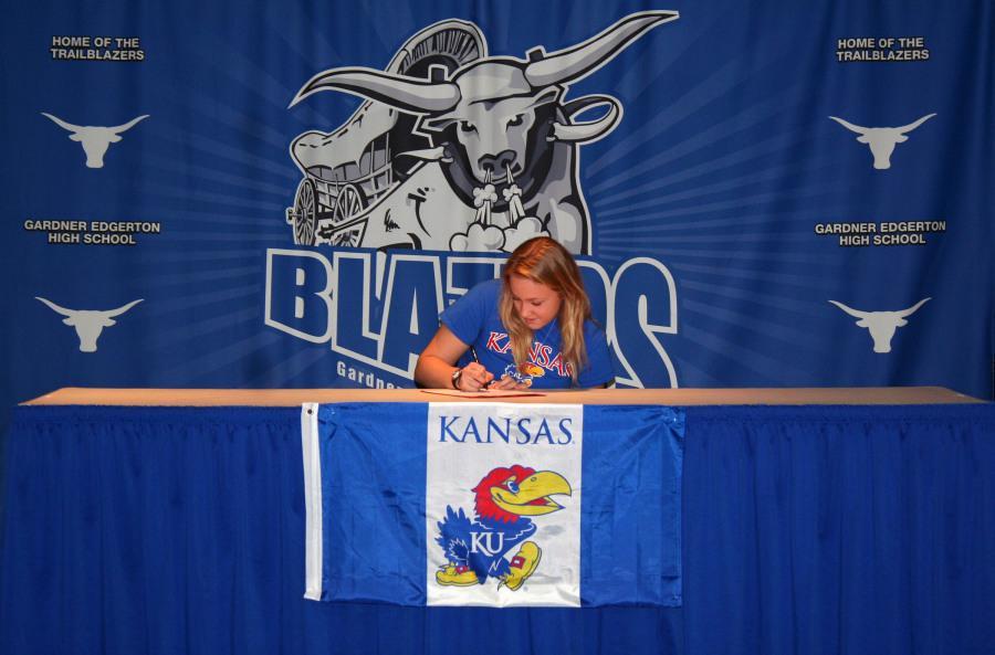 Senior Marissa Gray signs to KU's Rowing Team.