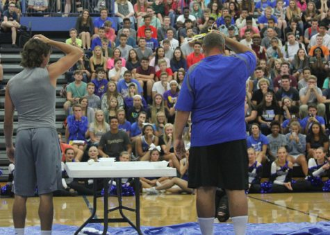 """Fall sports assembly provides """"egg""""cellent entertainment"""